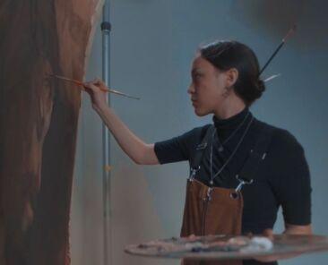 Esther Hi'ilani Candari painting.